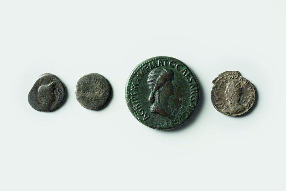 Sesterz des Caligula
