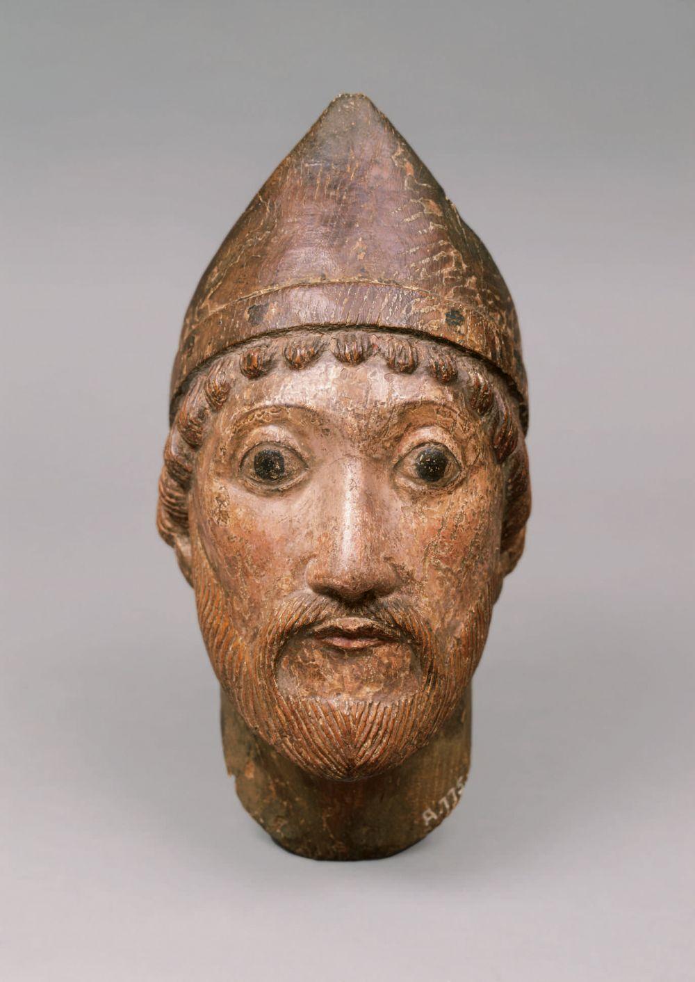 Kopf eines heiligen Bischofs