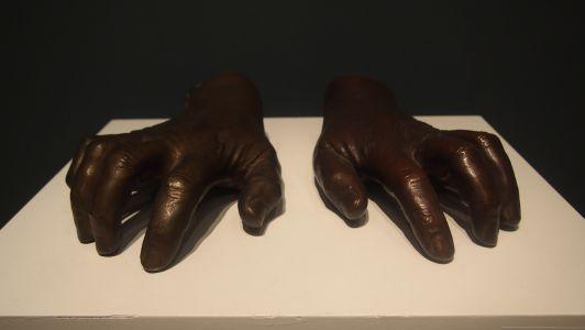 Handpaar Albert Schweitzers, Galerie Kirbach
