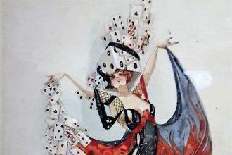 """""""Basil Crage"""", Figurine """"Spielrausch"""" aus """"Halloh! Die große Revue"""" von Paul Lincke. """"Im Spielrausch. Von Königinnen, Pixelmonstern und Drachentötern"""" im MAKK (Museum für Angewandte Kunst) Köln."""